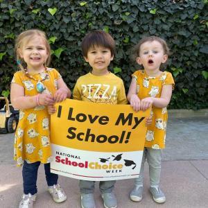 Bonnie Academy celebrating yellow day ☀️ #schoolchoiceweek #preschool #glendalepreschool #glendaydaycare #bestchildcareglendale (17)