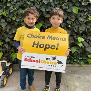 Bonnie Academy celebrating yellow day ☀️ #schoolchoiceweek #preschool #glendalepreschool #glendaydaycare #bestchildcareglendale (27)