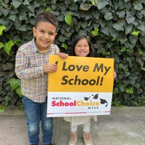 Bonnie Academy celebrating yellow day ☀️ #schoolchoiceweek #preschool #glendalepreschool #glendaydaycare #bestchildcareglendale (29)