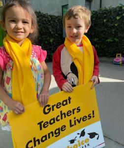 Bonnie Academy celebrating yellow day ☀️ #schoolchoiceweek #preschool #glendalepreschool #glendaydaycare #bestchildcareglendale (2)