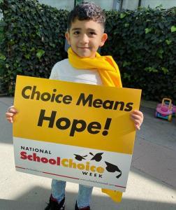 Bonnie Academy celebrating yellow day ☀️ #schoolchoiceweek #preschool #glendalepreschool #glendaydaycare #bestchildcareglendale (6)