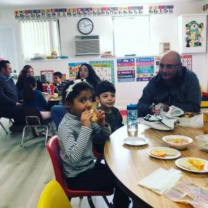 Have Lunch With Your Child event in Ms. Adrina's classroom. #glendalechildcare #kindergarten #havelunchwithyourchild (7)