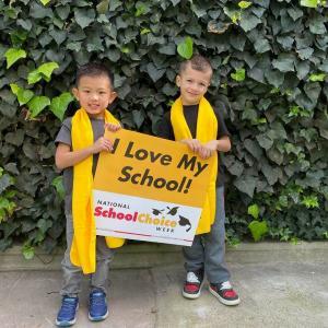 Bonnie Academy celebrating yellow day ☀️ #schoolchoiceweek #preschool #glendalepreschool #glendaydaycare #bestchildcareglendale (11)