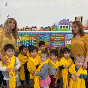 Bonnie Academy celebrating yellow day ☀️ #schoolchoiceweek #preschool #glendalepreschool #glendaydaycare #bestchildcareglendale (21)