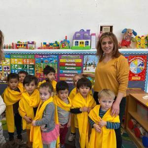 Bonnie Academy celebrating yellow day ☀️ #schoolchoiceweek #preschool #glendalepreschool #glendaydaycare #bestchildcareglendale (22)