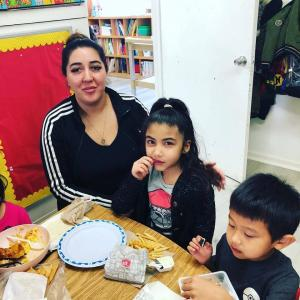 Have Lunch With Your Child event in Ms. Adrina's classroom. #glendalechildcare #kindergarten #havelunchwithyourchild (2)